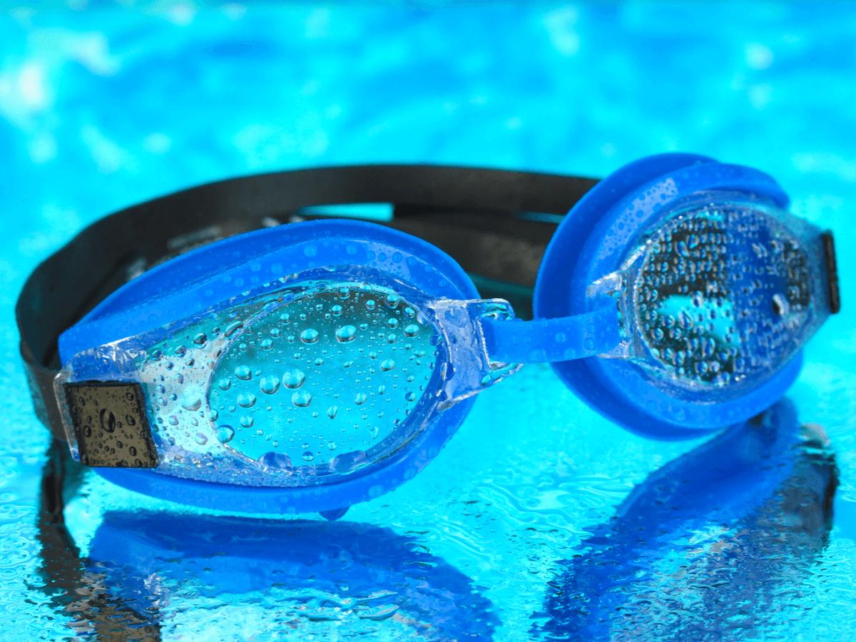 水泳用ゴーグルに最適なおすすめの曇り止めランキングTOP10!種類と使い方もあわせてチェック