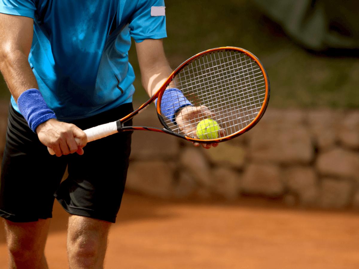 【2020年最新】硬式テニスラケットおすすめランキング15選!初心者~上級者までレベル別にご紹介