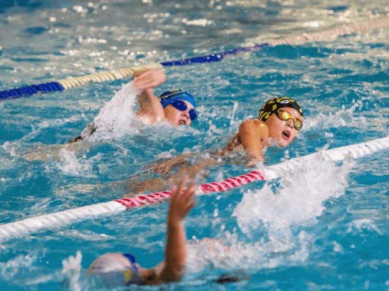 水泳用耳栓を使用する4つの目的
