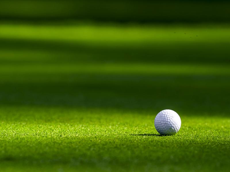 初めてのゴルフ 服装のマナーを知っておこう,ゴルフ 帽子
