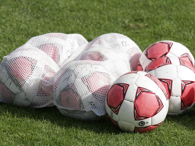 サッカーボールバッグとは