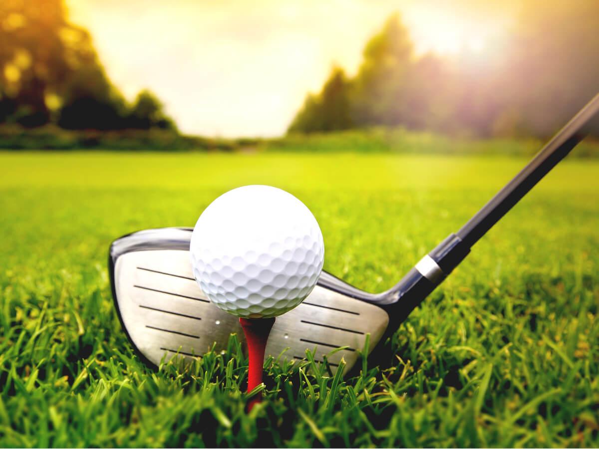 【2020年最新】ゴルフボール比較ランキングTOP20!おすすめ商品の飛距離や性能を徹底解説