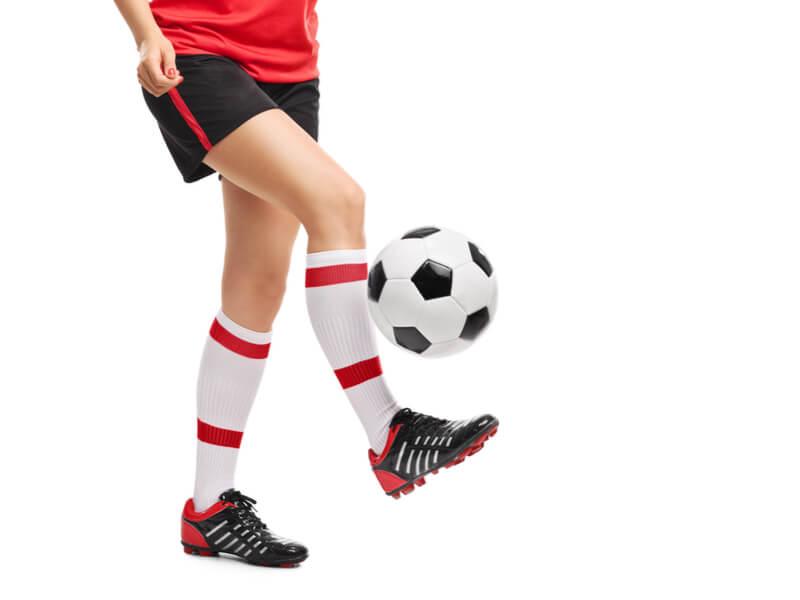 実はサッカーに必要な要素がリフティングに詰まっている
