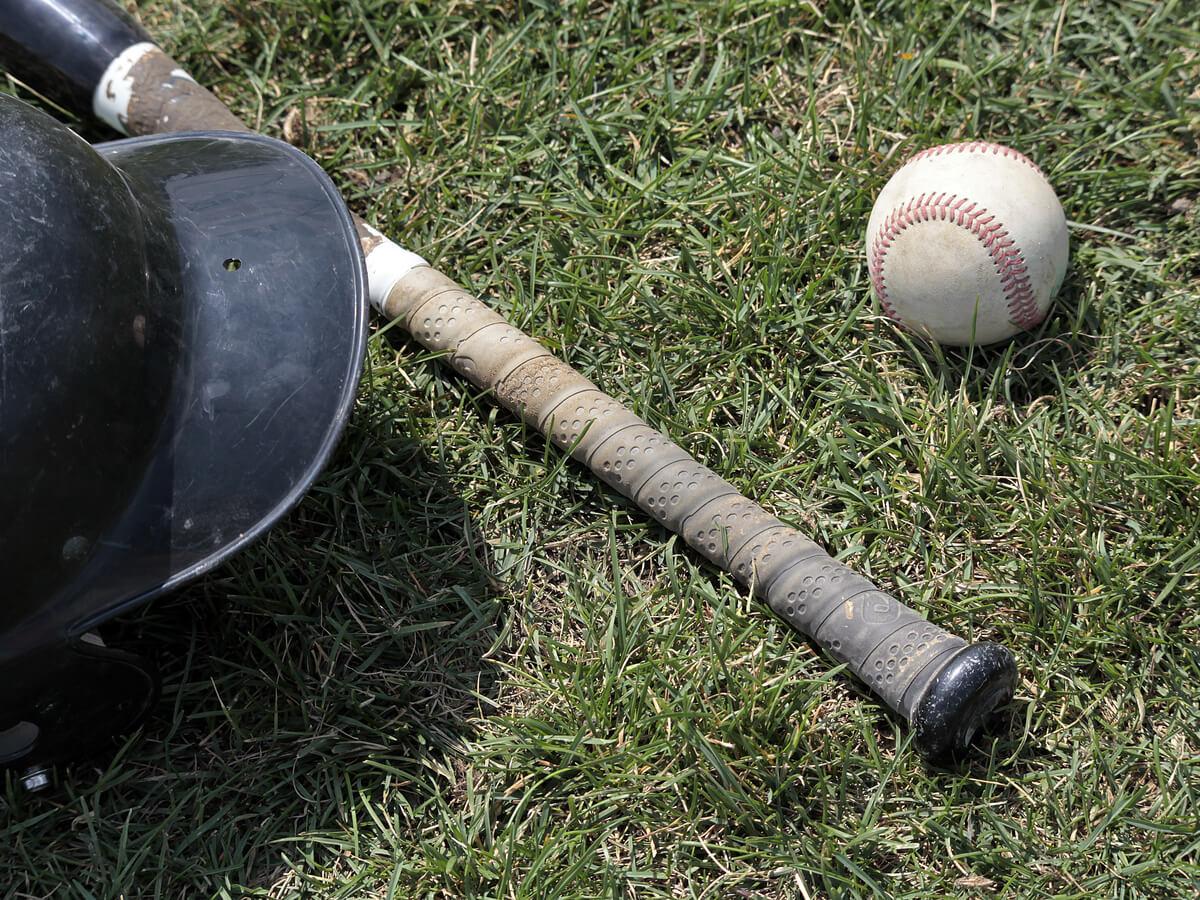 野球グリップテープおすすめ25選!左・右打者や打撃タイプ別の正しい巻き方も確認しよう