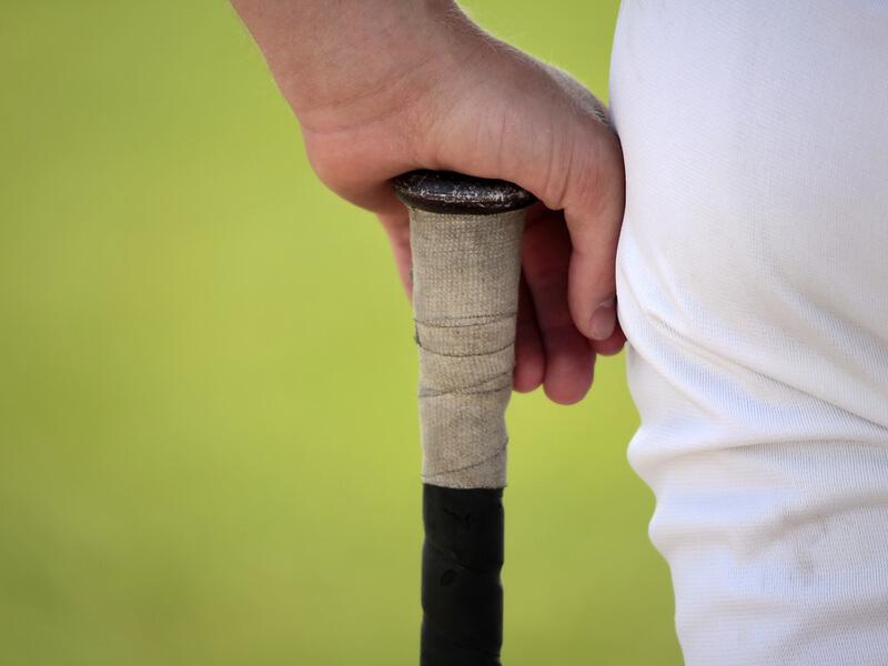 野球用グリップをバットにつけるメリット・デメリット