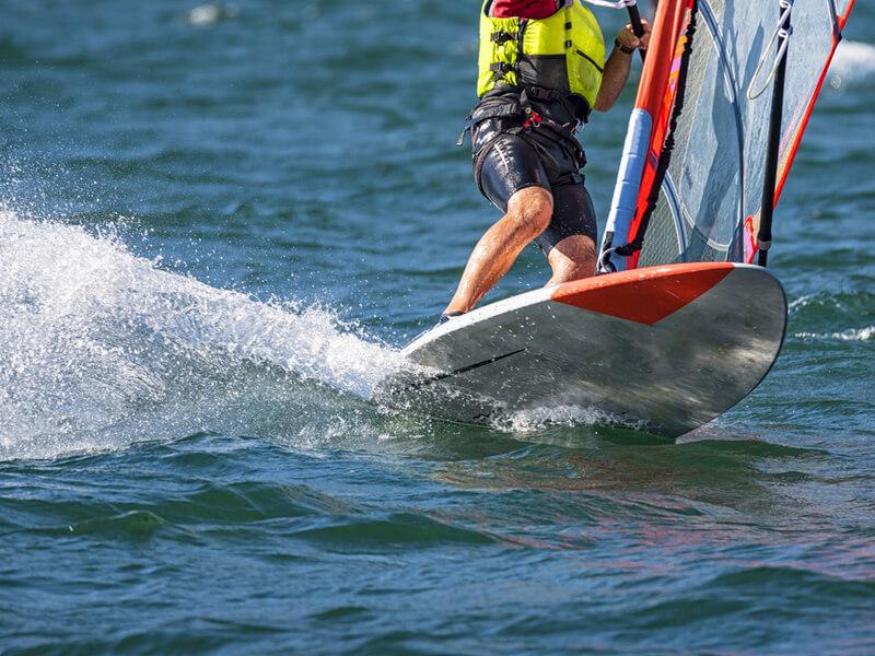 ウィンドサーフィンの道具は?,ウィーンドサーフィン ボード