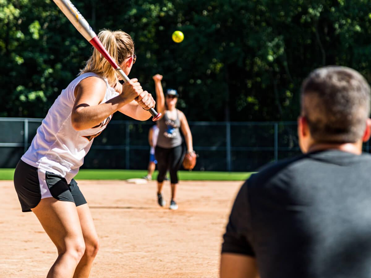 ソフトボール用バットおすすめ8選!選び方や2号~3号の人気・激安商品をご紹介