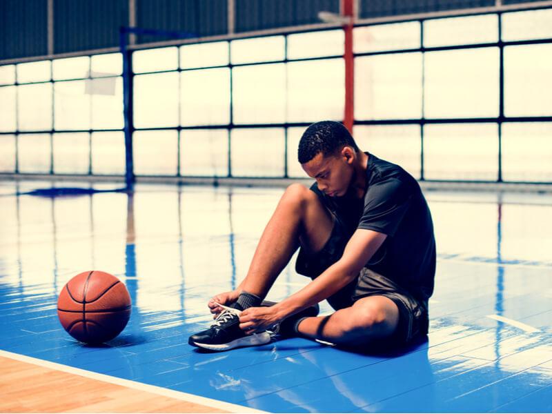 バスケットボールの便利アイテム「シューダスター」とは?