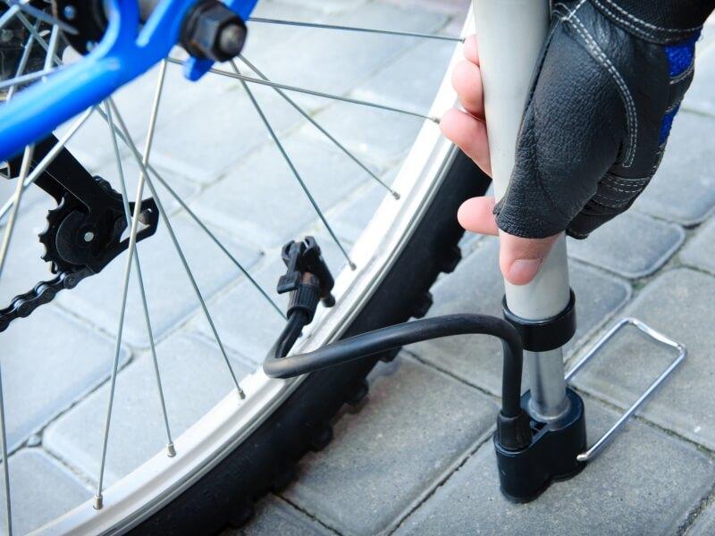 仏式バルブの空気の入れ方7つのコツとは?,自転車用空気入れ