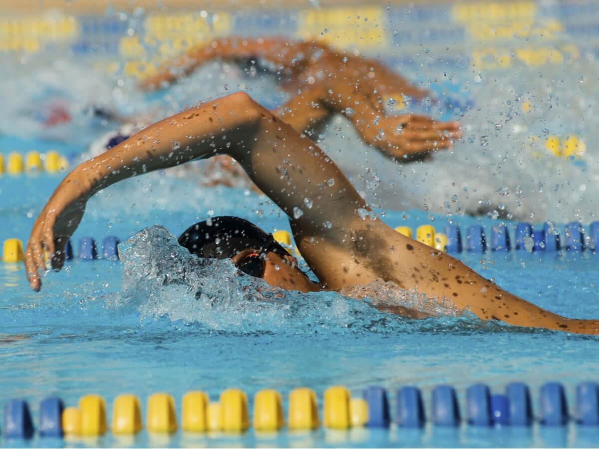 メンズ用競泳水着おすすめ10選!練習用にも最適な商品をご紹介