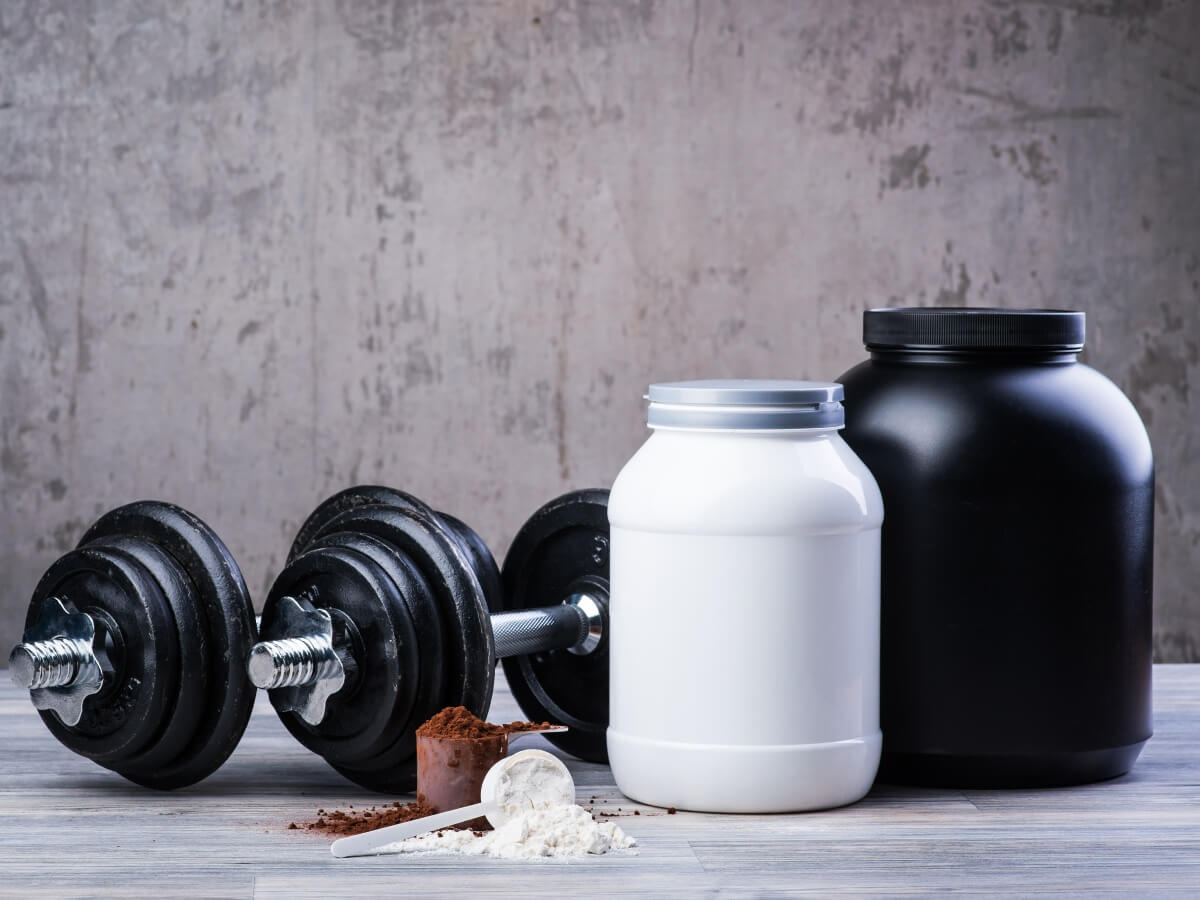 筋トレ初心者用プロテインおすすめ5選!増強に必要な理由と飲むタイミングとは