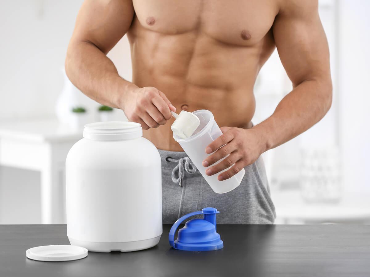 【監修】筋肉増強におすすめのプロテイン5選!選び方や摂取するタイミングも解説