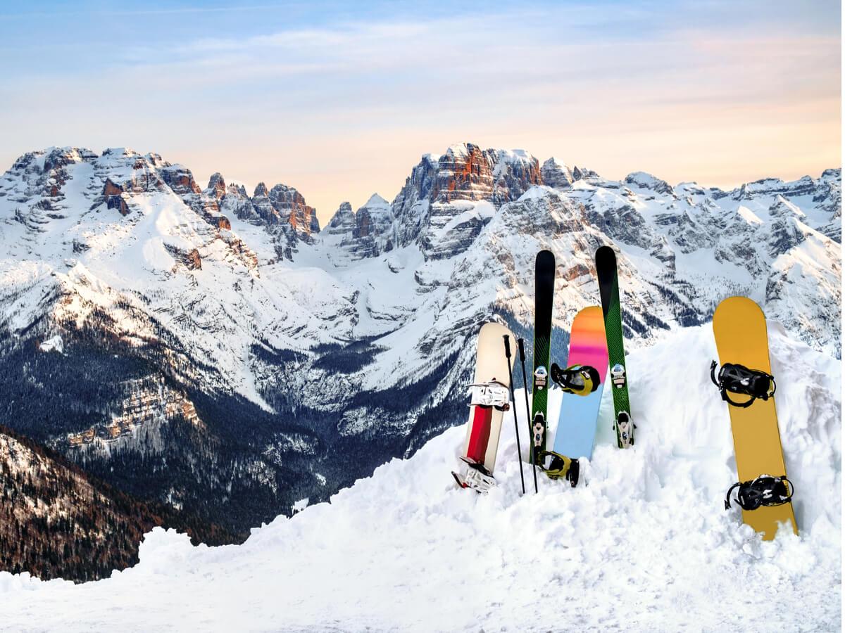 スノーボード板おすすめ20選!安くて人気の商品を初心者・レディース・メンズ・メーカー別にご紹介