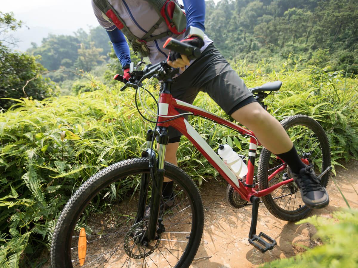 初心者向けクロスバイクおすすめ5選!通勤・街乗り・サイクリング用などシーン別に異なる選び方