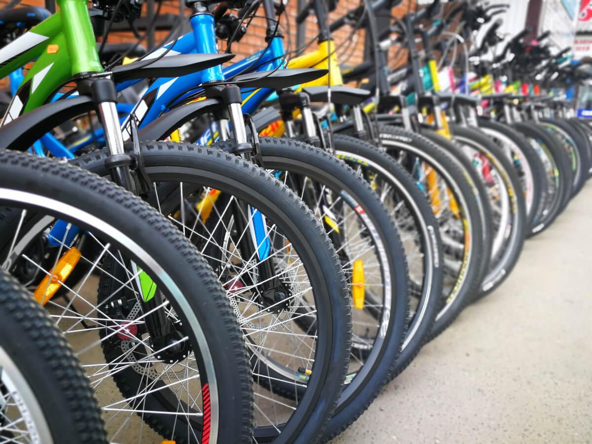 ロードバイク用タイヤおすすめ10選!補修ボンドや空気の入れ方もチェック
