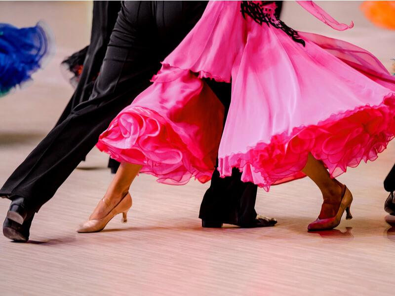 社交ダンスドレスの選び方